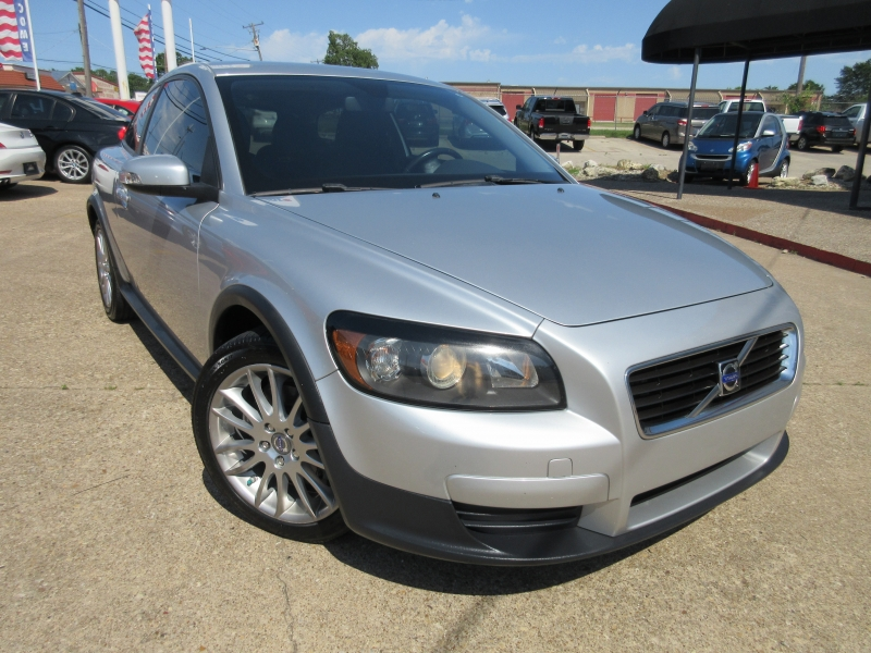 Volvo C30 2010 price $5,495