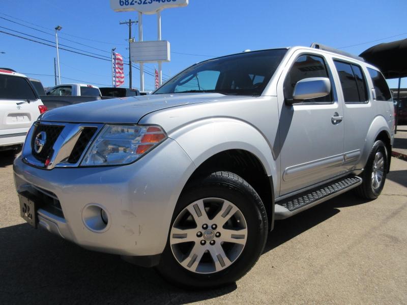 Nissan Pathfinder 2010 price $6,295