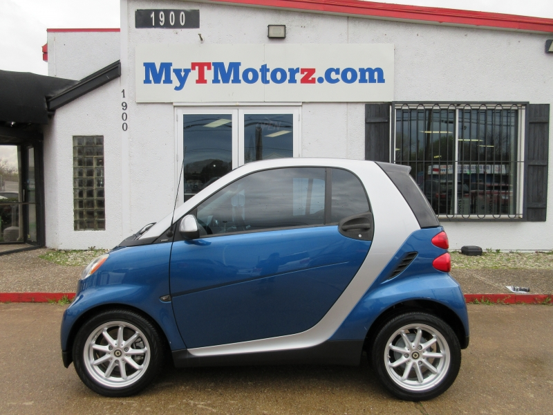 Smart fortwo 2009 price $4,795