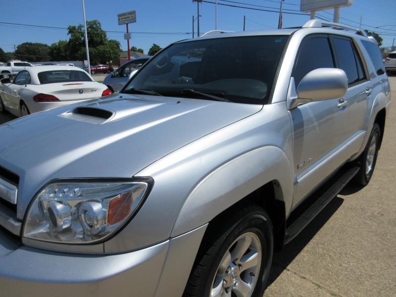 Toyota 4Runner 2005 price $6,795
