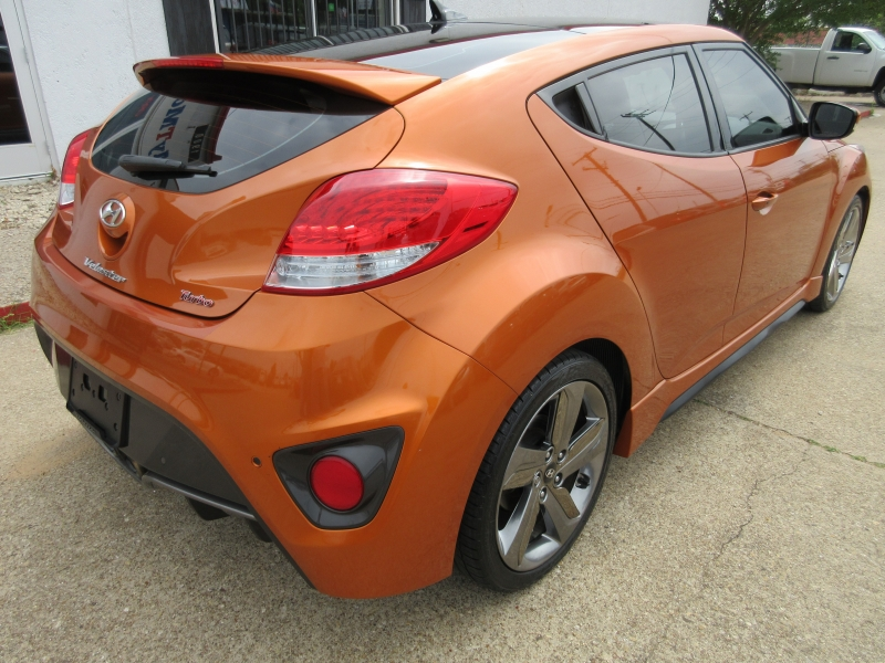 Hyundai Veloster 2013 price $7,995