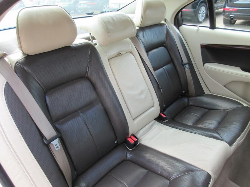 Volvo S80 2011 price $5,795