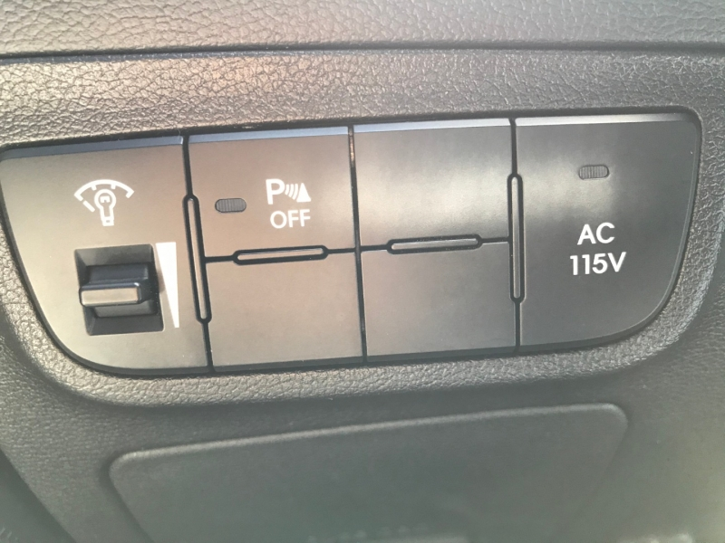 Hyundai Veloster 2014 price $9,995