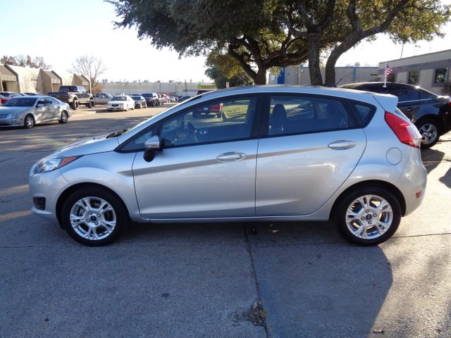 Ford Fiesta 2016 price $4,995