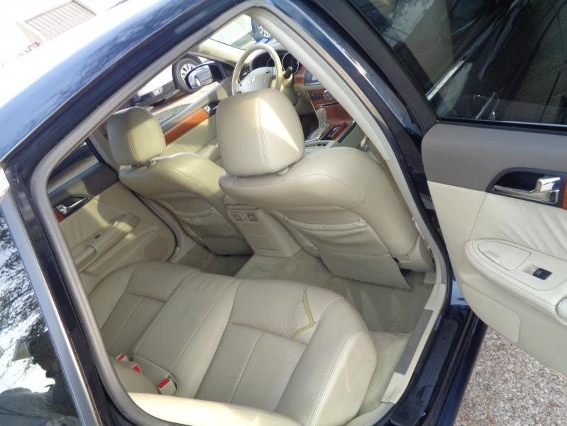 Infiniti M35 2006 price $3,495