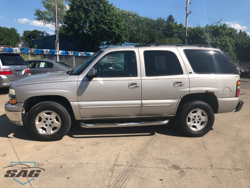 CHEVROLET TAHOE 2004 price $5,500