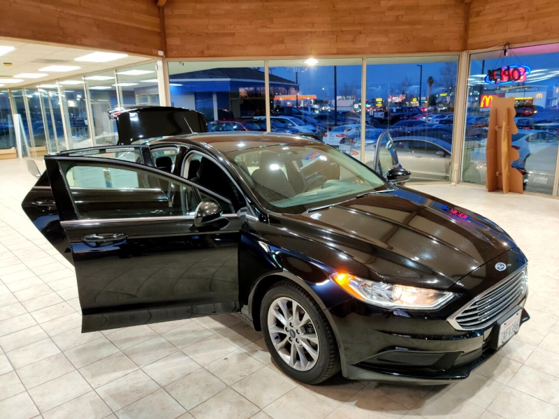 Ford Fusion 2017 price $12,997