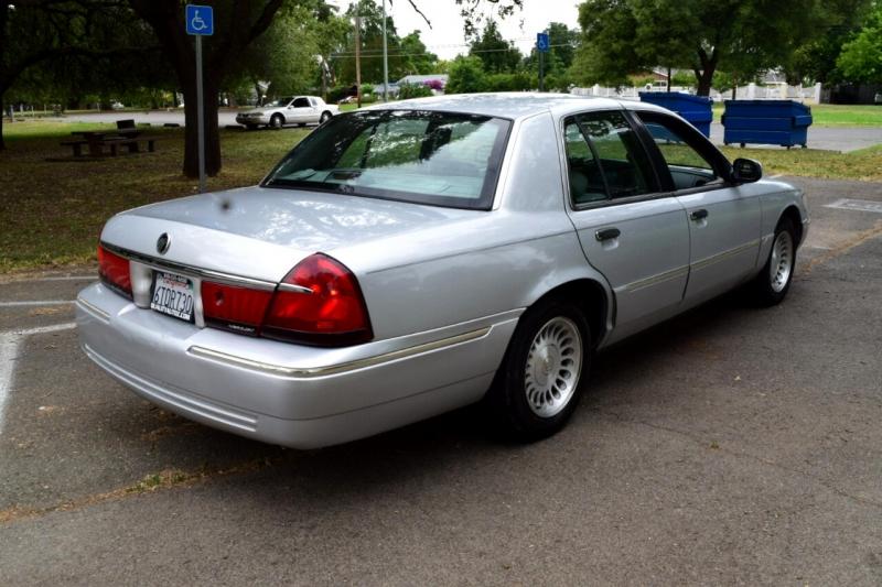 Mercury Grand Marquis 2002 price $3,997