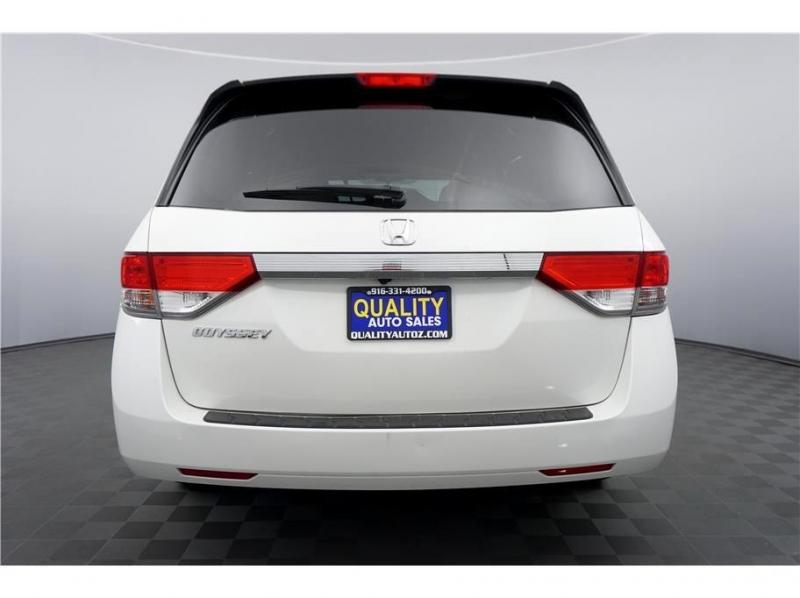 Honda Odyssey 2017 price $20,999