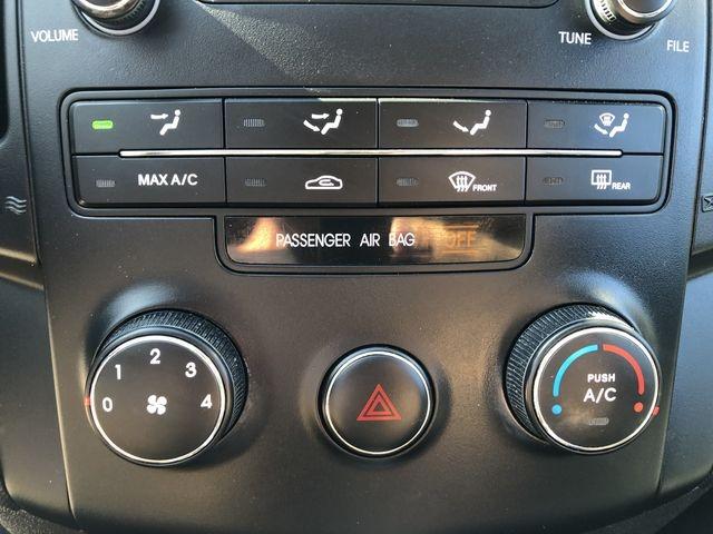 Hyundai Elantra 2009 price $5,495
