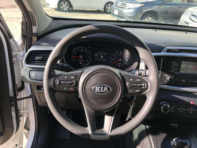 Kia Sorento 2016 price $14,995