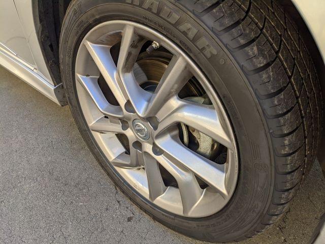 Nissan Sentra 2015 price $9,595