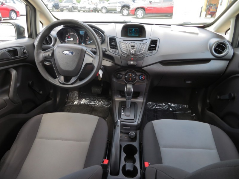 Ford Fiesta 2015 price $7,000