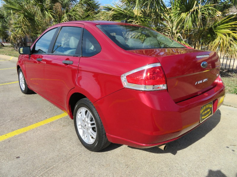 Ford Focus 2010 price $4,888