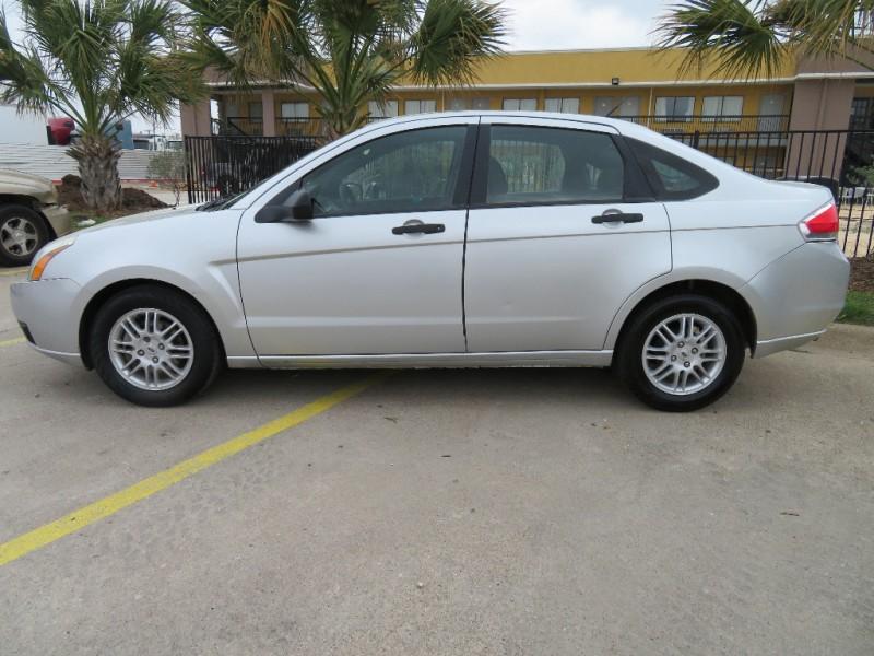 Ford Focus 2011 price $4,988