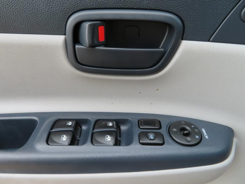 Hyundai Accent 2006 price $3,888