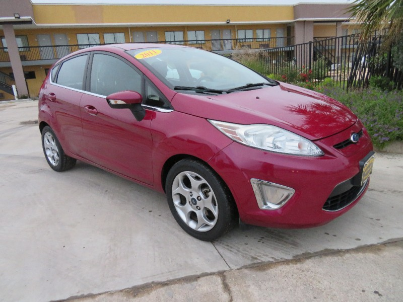 Ford Fiesta 2011 price $6,388