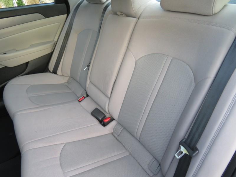 Hyundai Sonata 2015 price $8,998