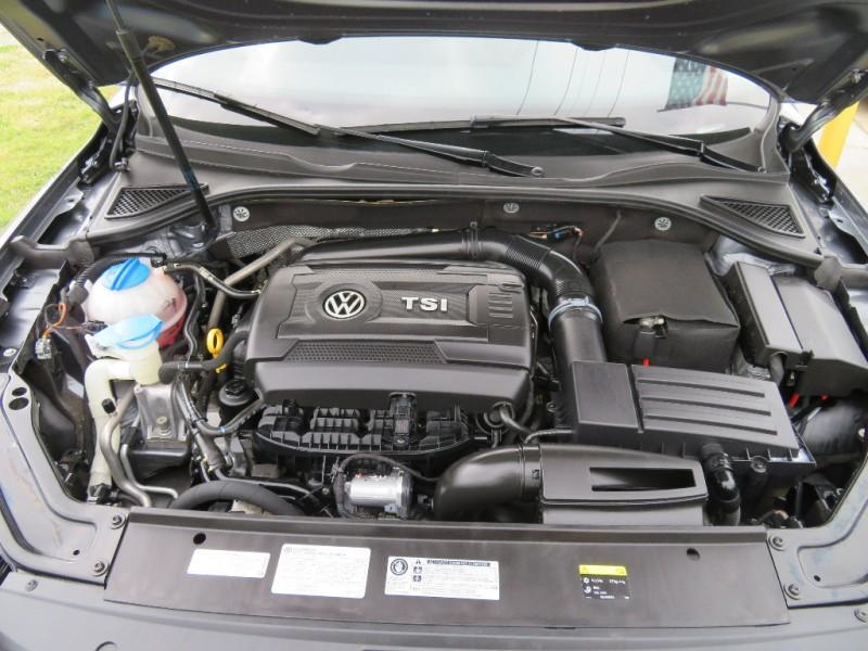 Volkswagen Passat 2016 price $9,888