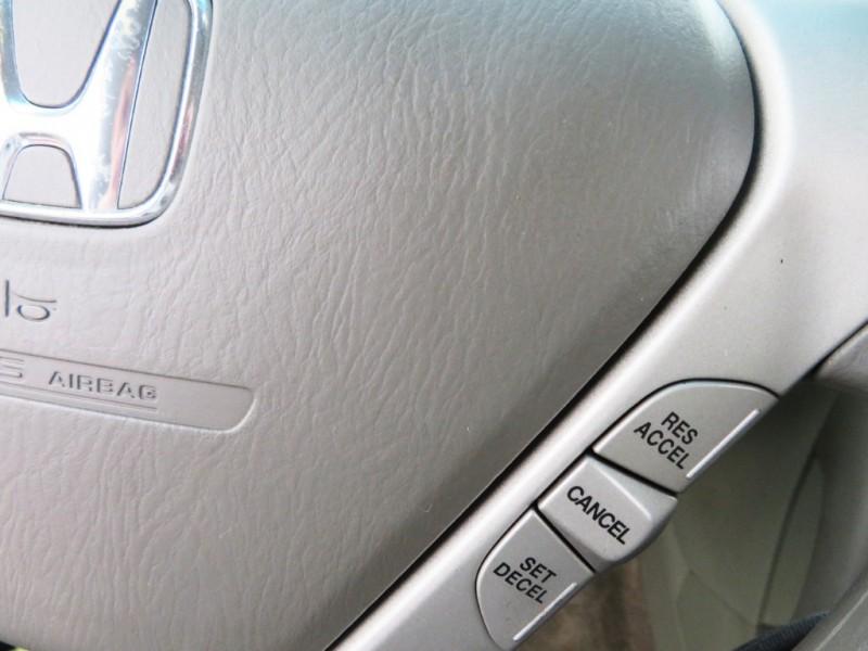 Honda Pilot 2006 price $5,988