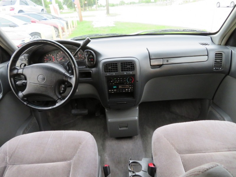 Nissan Quest 1994 price $2,500