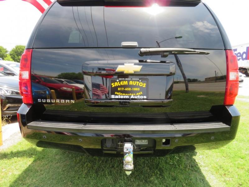 Chevrolet Suburban 2013 price $10,888