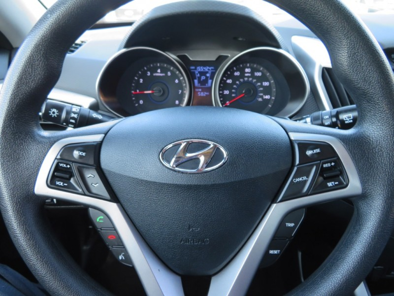 Hyundai Veloster 2014 price $7,988