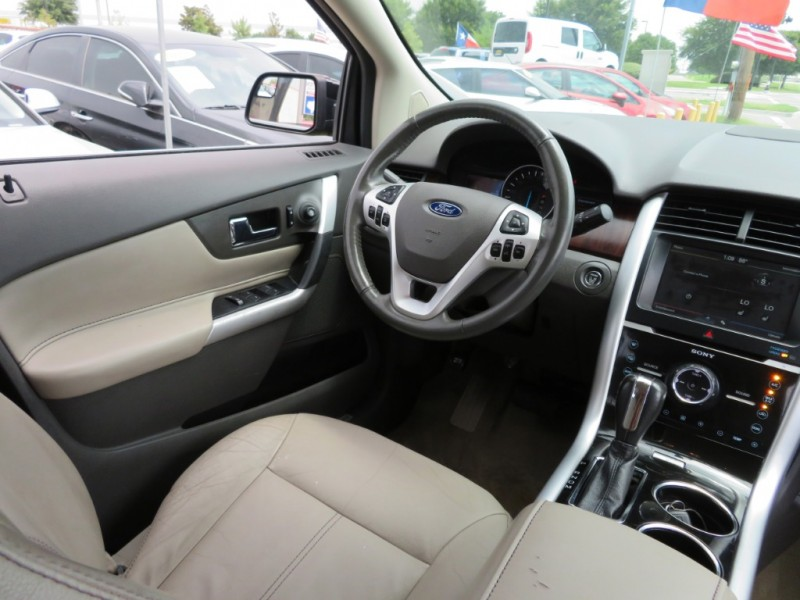 Ford Edge 2011 price $8,999