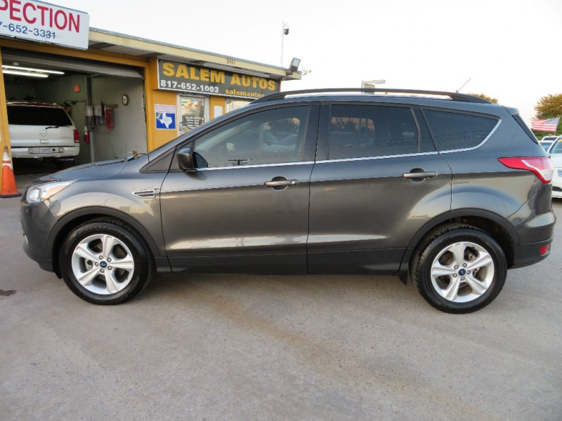 Ford Escape 2016 price $12,888
