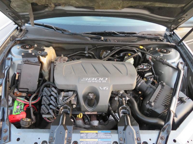 Pontiac Grand Prix 2005 price $4,995