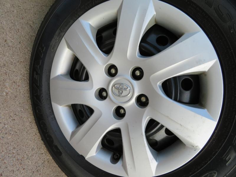Toyota Camry 2010 price $6,595