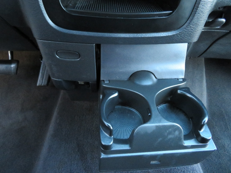 Dodge Ram 1500 2004 price $6,988