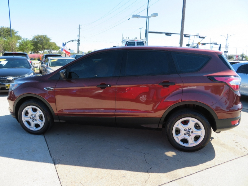Ford Escape 2018 price $12,995