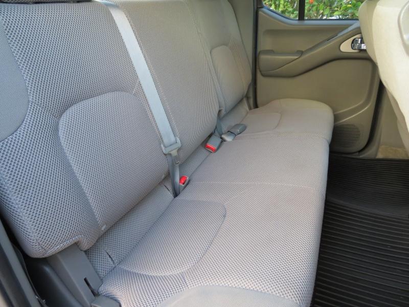 Nissan Frontier 2014 price $13,995