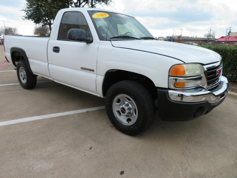 GMC Sierra 2500 2003 price $4,988