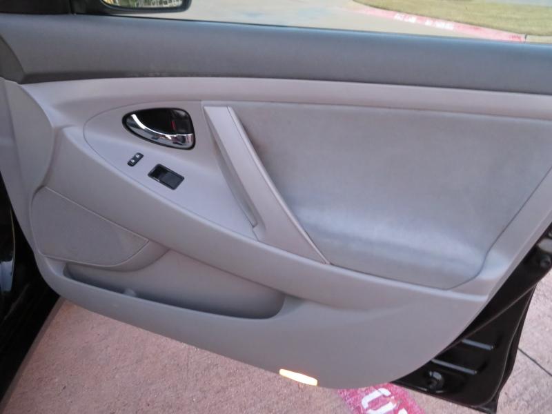Toyota Camry 2007 price $5,988