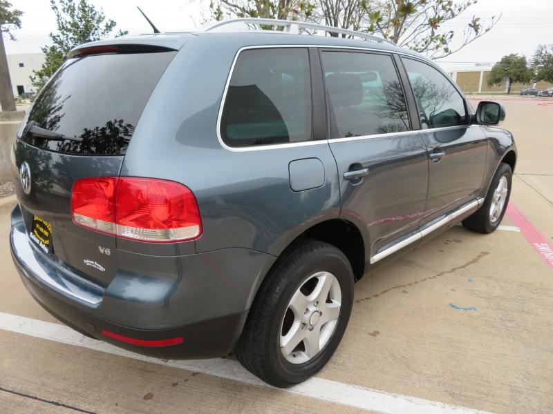 Volkswagen Touareg 2007 price $5,988