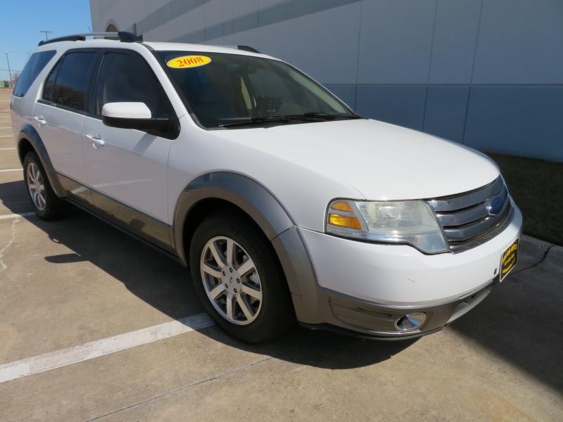 Ford Taurus X 2008 price $3,995