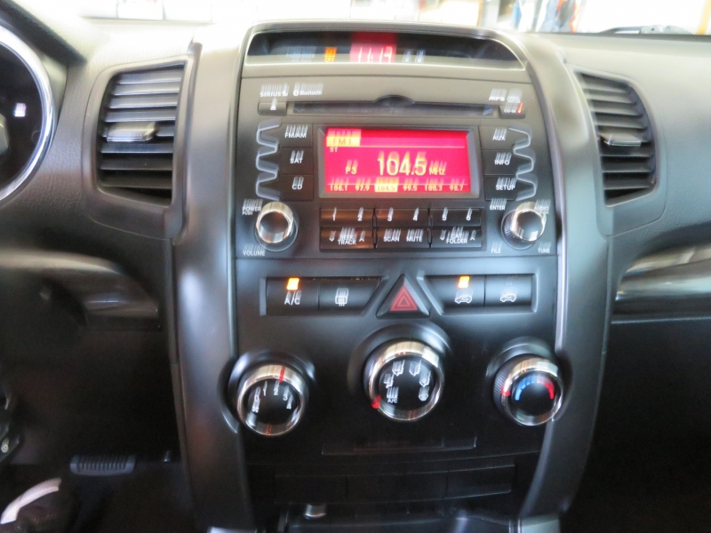 Kia Sorento 2012 price $9,995