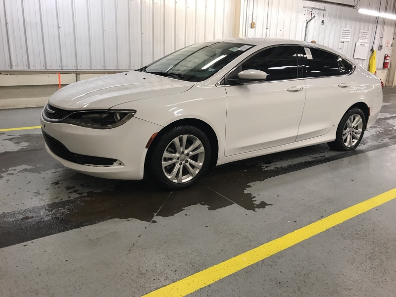 Chrysler 200 2015 price $7,900