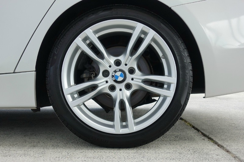 BMW 3-Series 2013 price $14,900