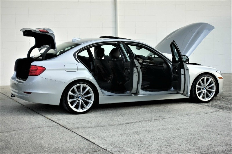 BMW 3-Series 2015 price $17,900