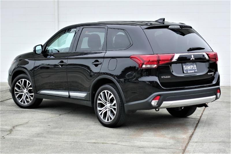 Mitsubishi Outlander 2017 price $17,900