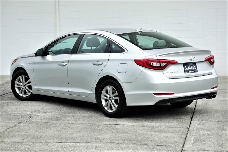 Hyundai Sonata 2017 price $10,900