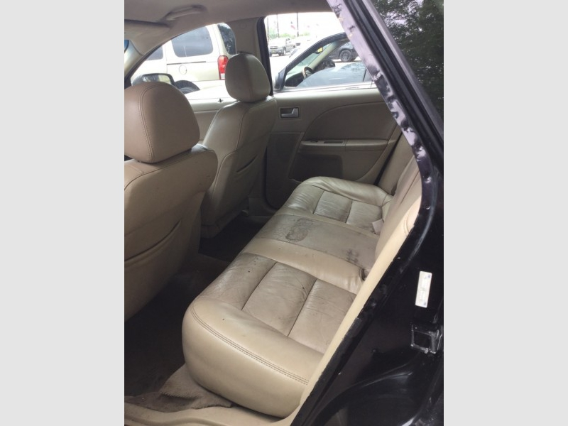 FORD FIVE HUNDRED 2007 price $500