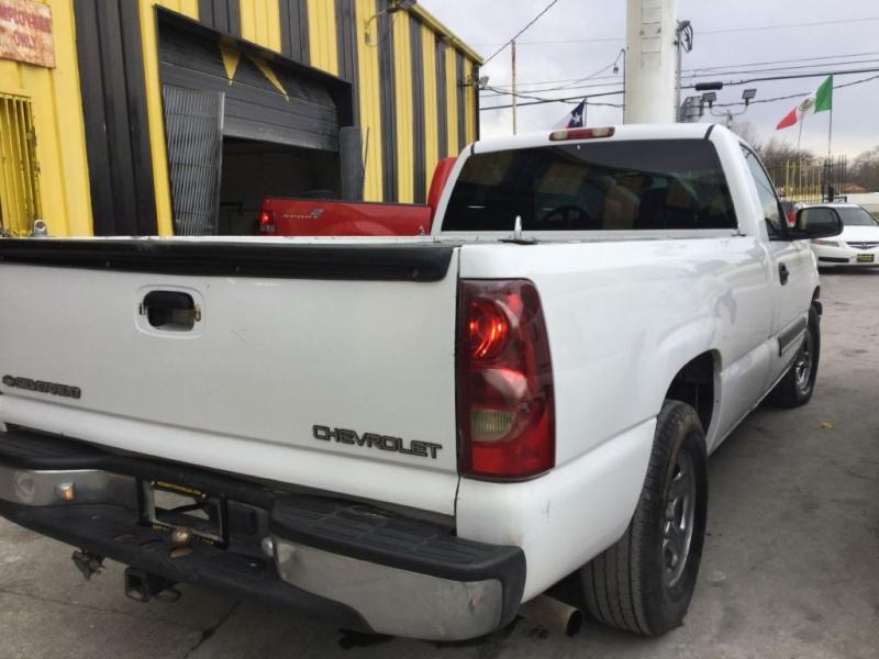 CHEVROLET SILVERADO 1500 2003 price $725