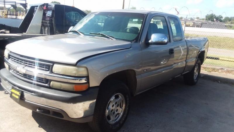 Chevrolet SILVERADO 1999 price $399 Down