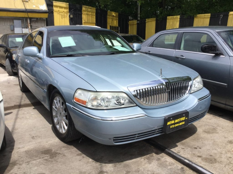 LINCOLN TOWN CAR 2006 price $525