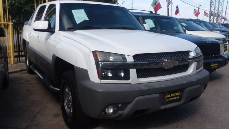 Chevrolet AVALANCHE 2002 price $1,025 Down