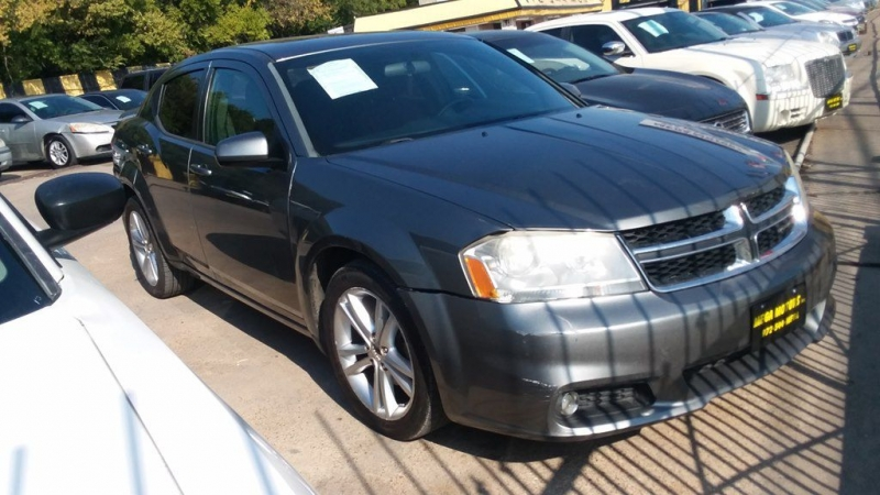 Dodge AVENGER 2012 price $725 Down